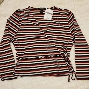 Stripped Tie Around Long Sleeve